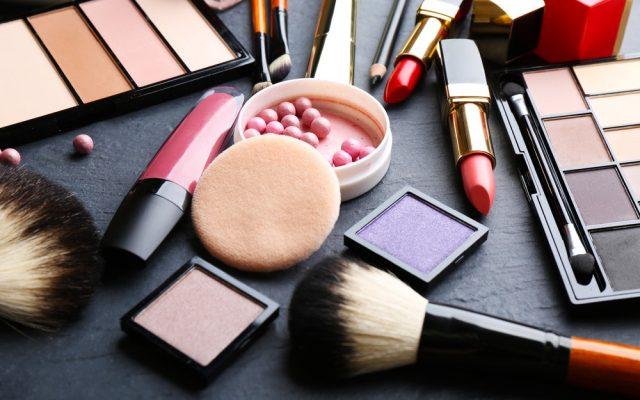 Haltbares Make-up für heiße Sommertage – ein paar Schönheitstricks